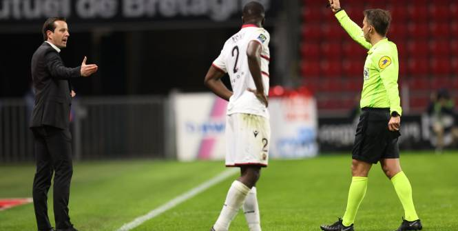 Foot - L1 - Rennes - Julien Stéphan (Rennes): «Bien sûr que c'est rouge»