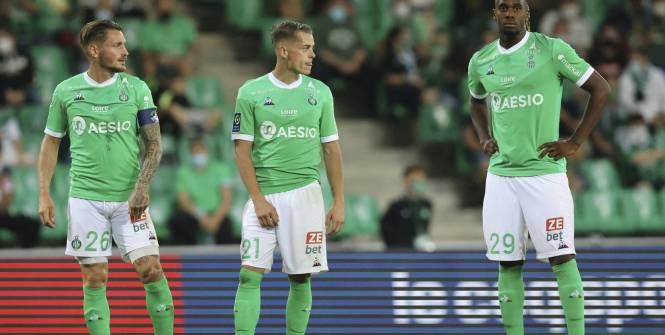Foot - L1 - Saint-Étienne s'impose à Montpellier (2-1) et assure quasiment son maintien